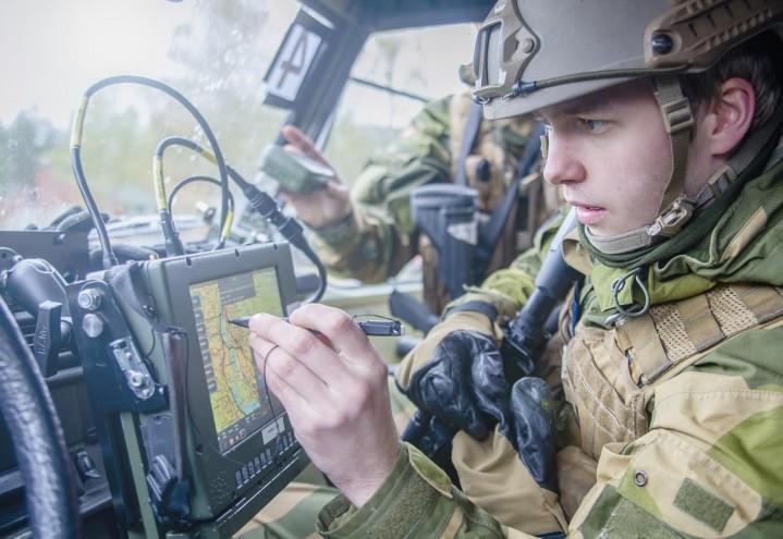 Hva er målet med å endre Forsvarets utdanningsordning?